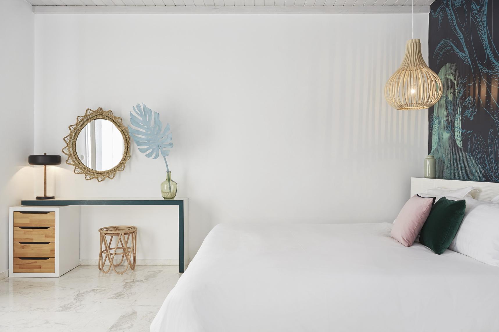 junior-suite-Kouros-Hotel-2_resize