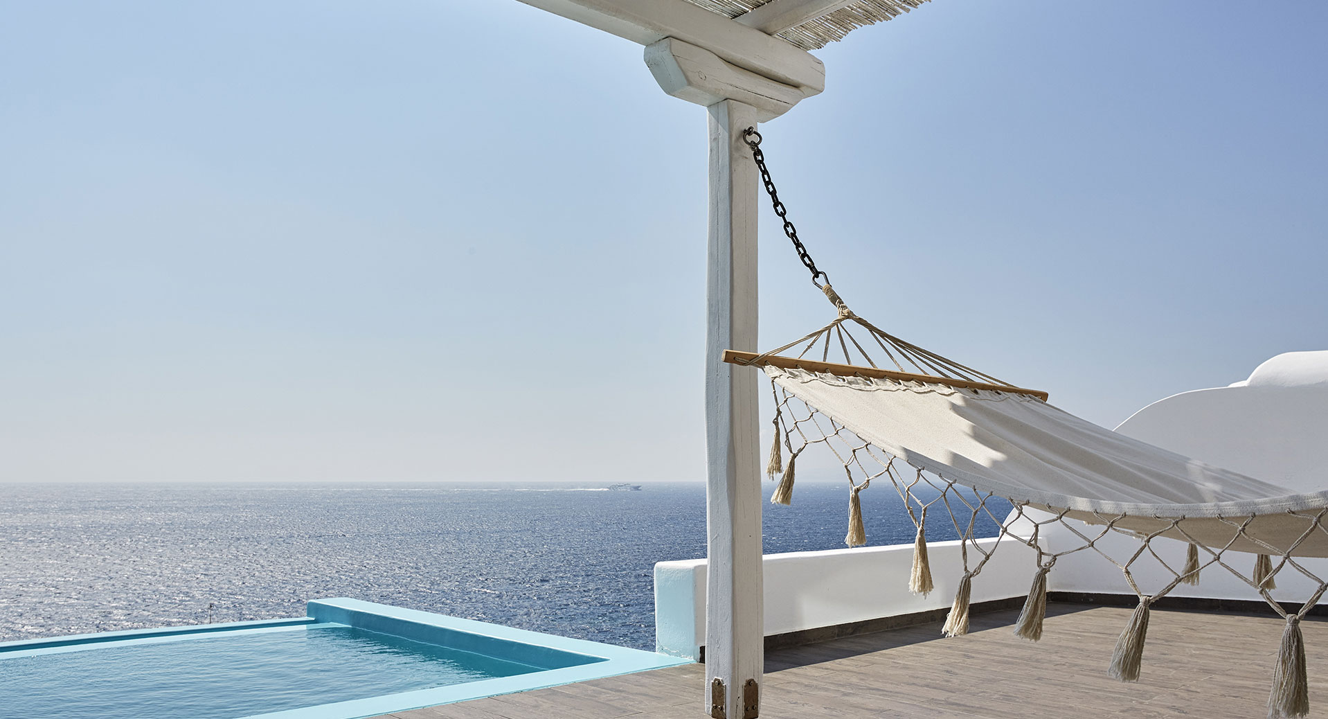 mykonos-private-pool-ab